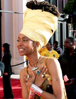 Erykah Badu looking regal at The Grammy's